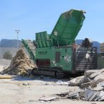 TYRON 2500 bulky waste shredding